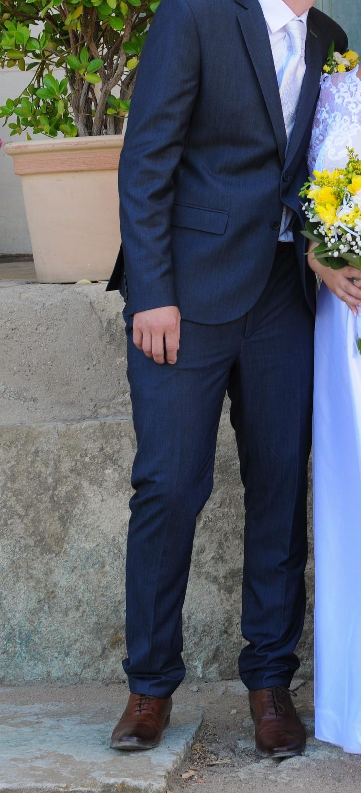 Svatební oblek - Obrázek č. 1