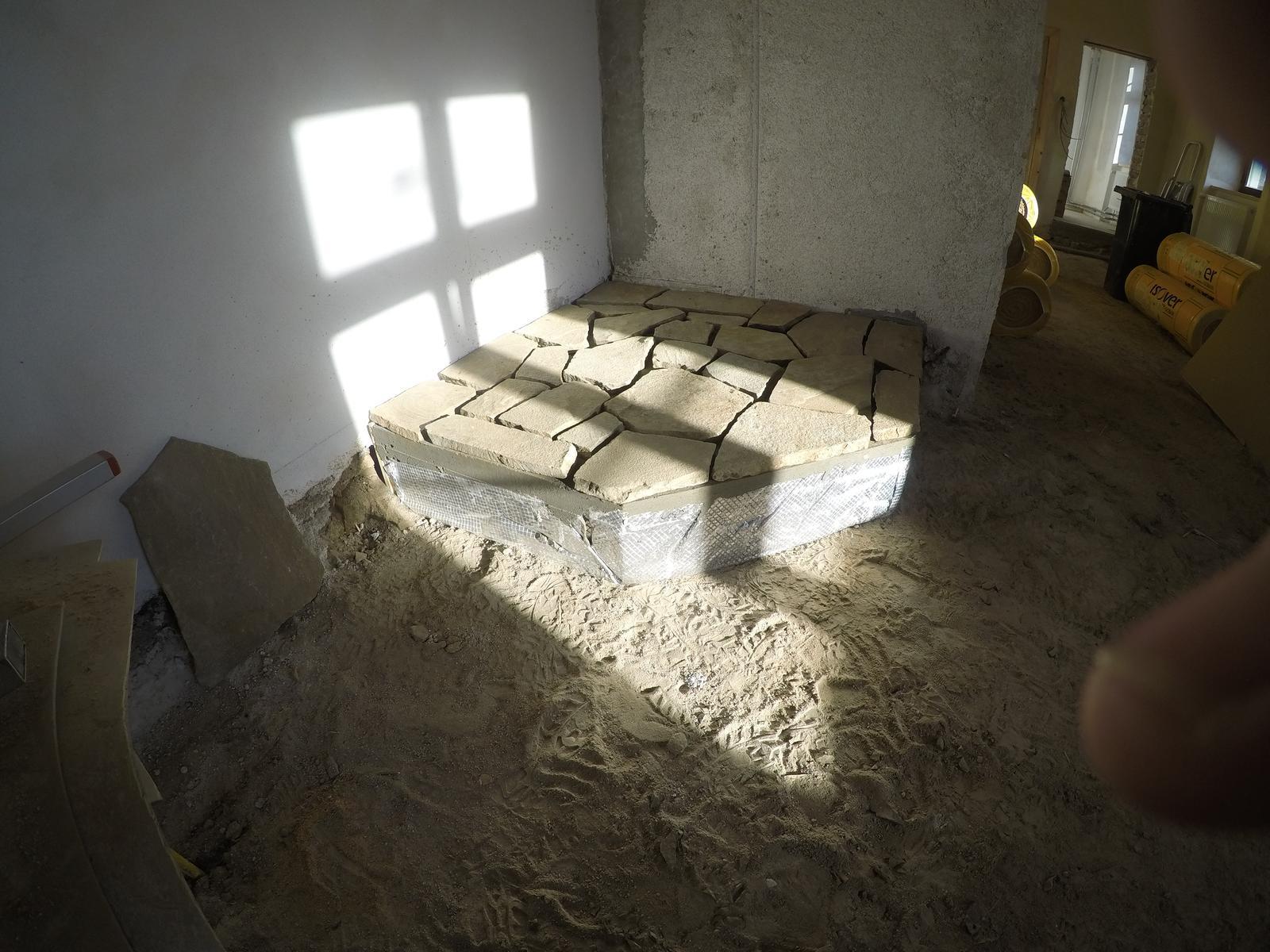 Rekonstrukcia  domu z 18- teho storocia - este to potrebujem zalepit ...