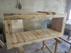 Vyroba TV stolika zo 100 rocneho dreva