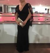 čierne dlhé šaty s vystrihom, 40