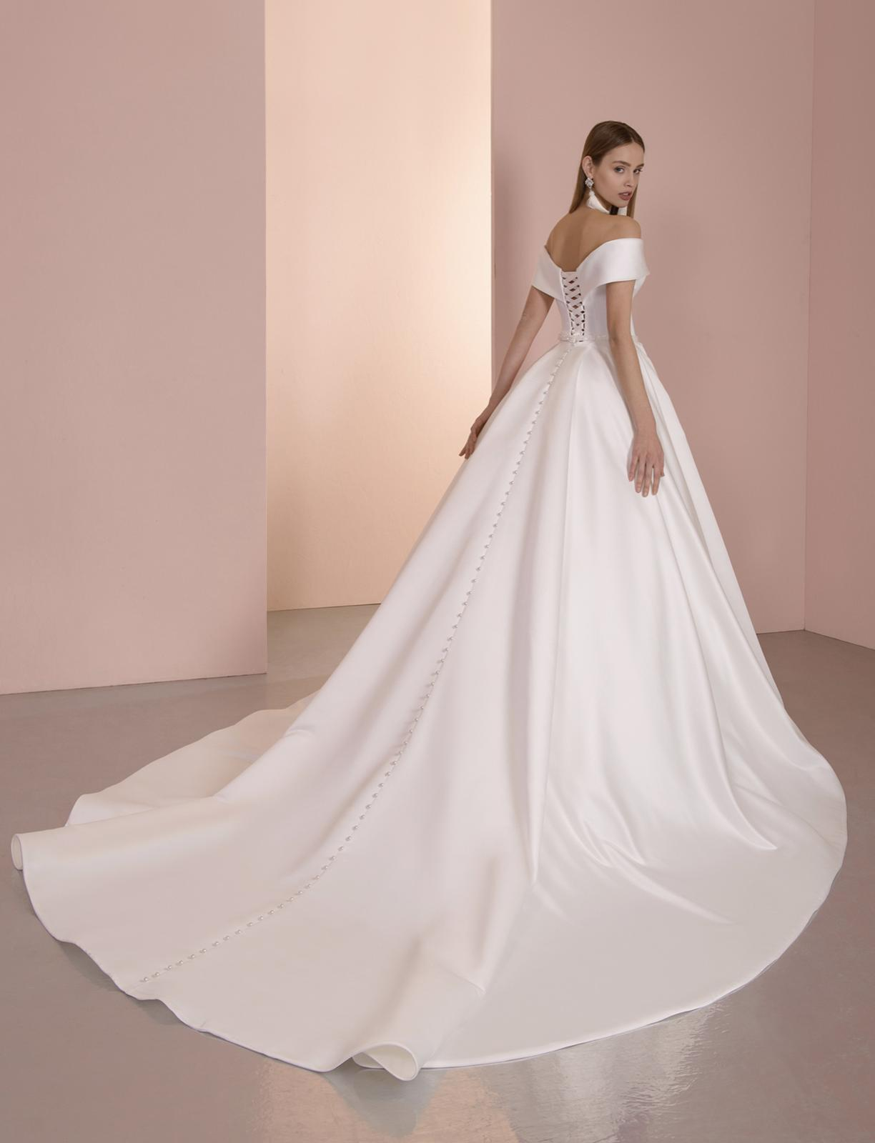 Krásne svadobné šaty - Obrázok č. 2