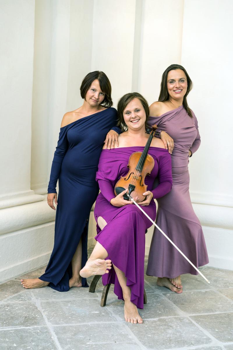 artepertutti - Trio Talia - zpěv, housle, klavír
