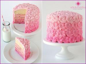 Takový bude můj dortík. Dortík pro 6 lidí a zbytek cupcakes. S jahodovou náplní. Do dortu přijde zápich mě přítele a našeho pejska. :)