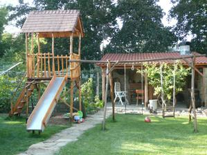 Detský raj pre našich chlapcov,výroba môjho manžela,z agátového dreva