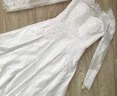 Saténové svatební šaty s dlouhým rukávem , 36