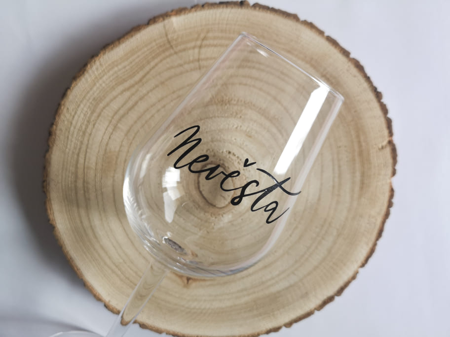 Svatební sklenička na víno - Obrázek č. 1