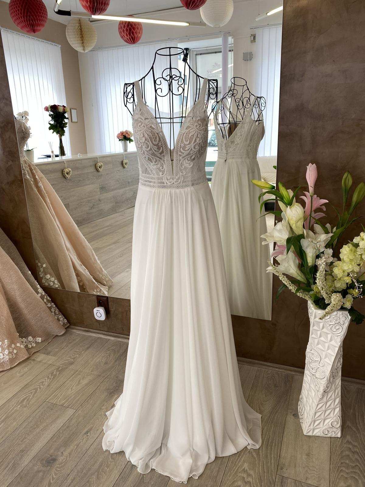 svatební šaty. - Obrázek č. 1