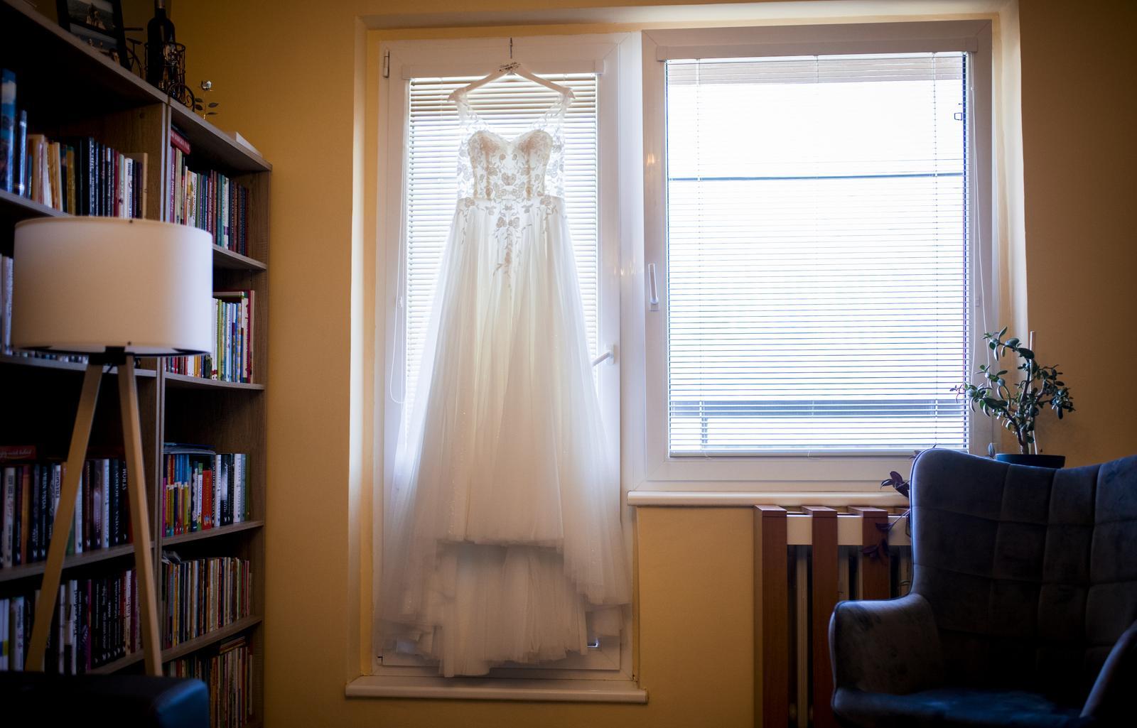 Svadobné šaty veľ. 36 - Obrázok č. 1