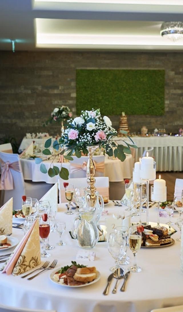 Prenájom zlatych  Vaz na stoly.#vazy #svietniky  #podstavce - Obrázok č. 1