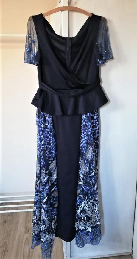 Tmavomodré šaty - Obrázok č. 2