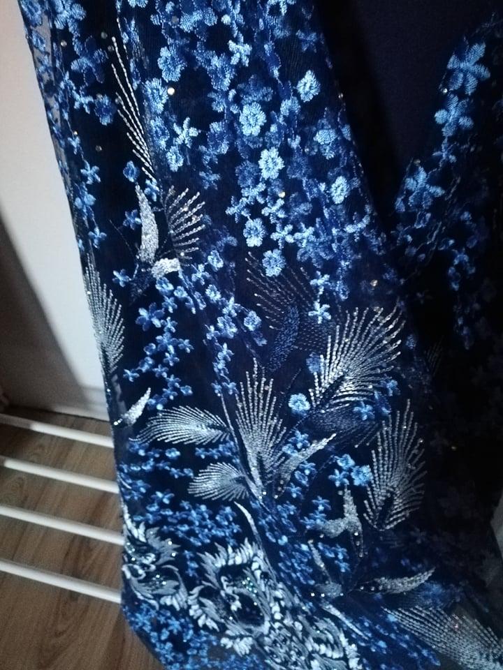 Tmavomodré šaty - Obrázok č. 4