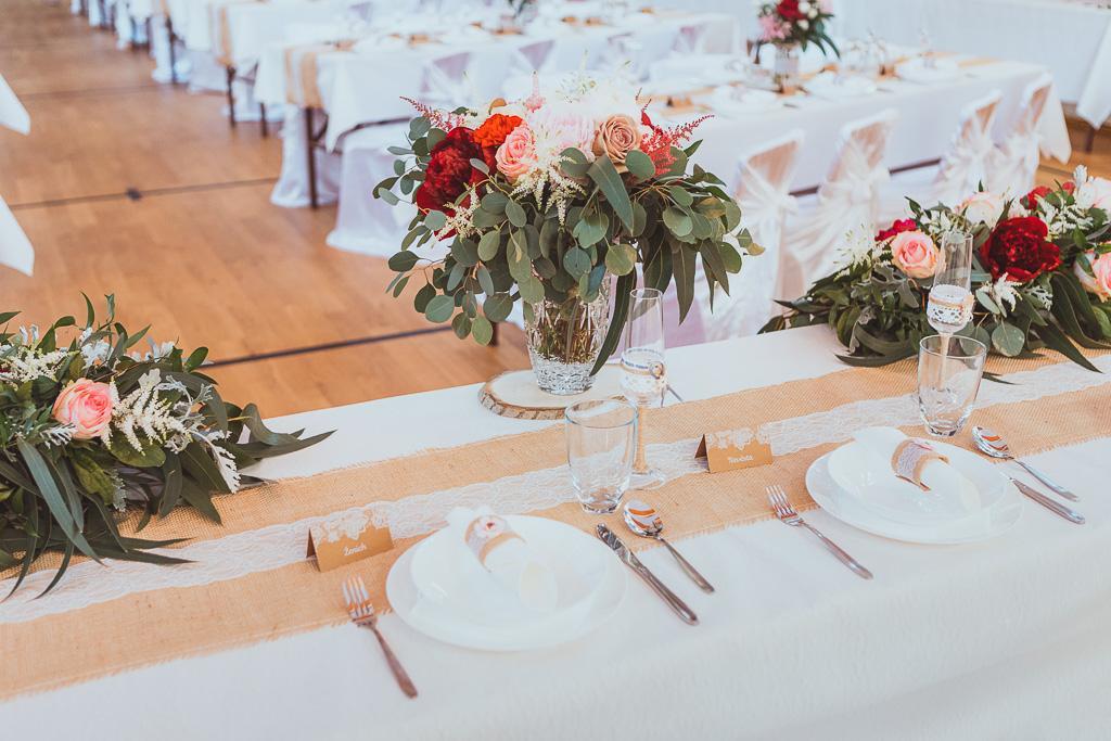 Krajka na svatební stůl - Obrázek č. 1