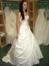 Andělské ... - hodně zajímavé šatečky, krásné... Proč jich je tolik krásných :(((