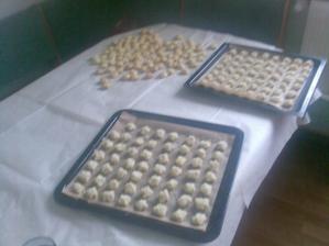 Motané malinkaté svatební koláčky - zkouška!