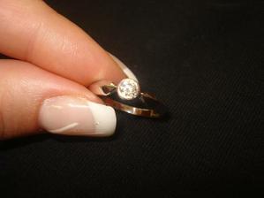 Můj zasnubní prstýnek... tím to všechno začalo:)