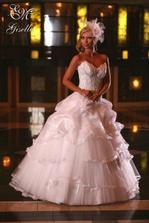 tieto prekrasne šaty budem mať, po svadbe budú na predaj