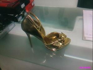 moje sv. botečky...