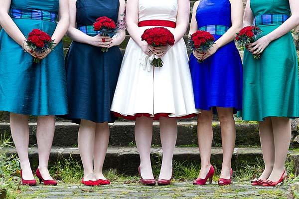 AZ inspirace V. - družičky a další svatebčané - zajímavá kombinace barev