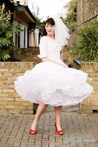 AZ inspirace I. - svatební šaty - takže nad nim teď celkem dost uvažuju
