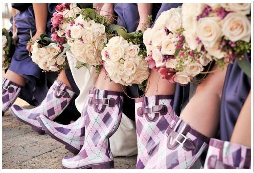 AZ inspirace I. - svatební šaty - super, ale co s tolika stejnýma gumákama???