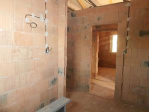 Kúpeľňa a osvetlenie zrkadla