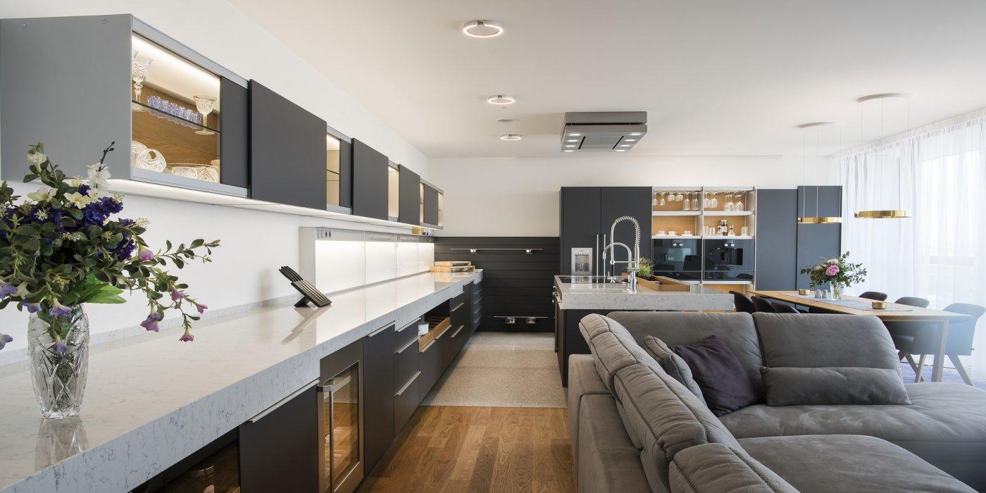 Obývací prostory a jídelny - Obrázek č. 4