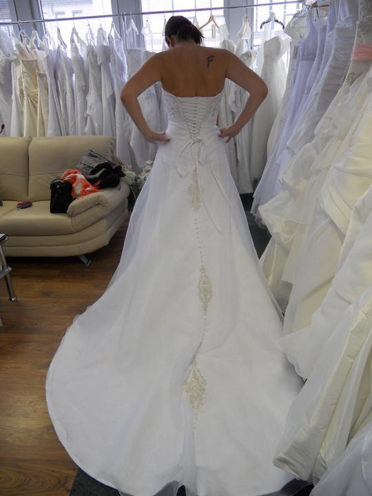 Co sa mi páči a čo by som chcela na našej svadbe - A pohľad zo zadu na number 1
