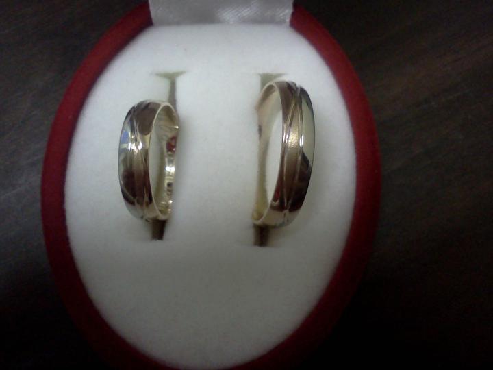 Co sa mi páči a čo by som chcela na našej svadbe - naše obrúčky :-)