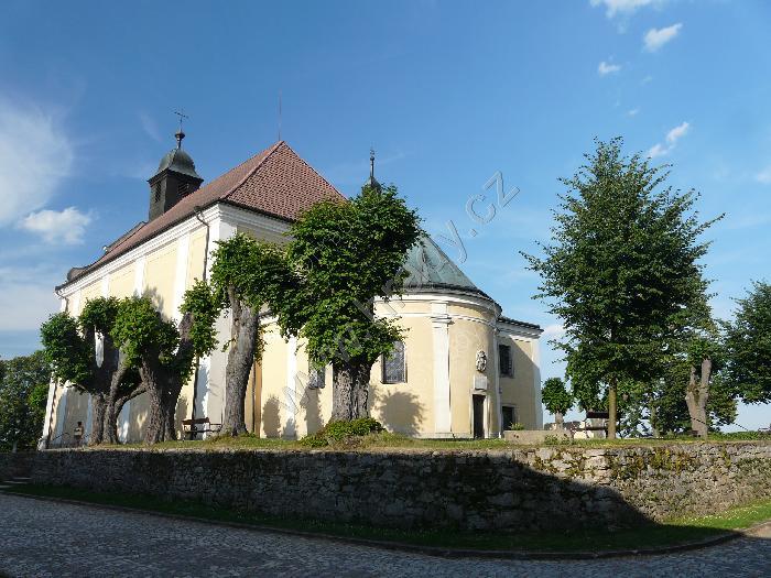 Přípravy 11.6.2011:)))) - Náš kostel