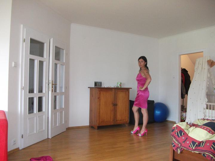 Přípravy 11.6.2011:)))) - No ještě 3krát do solárka a tak 2 kila dolů :P