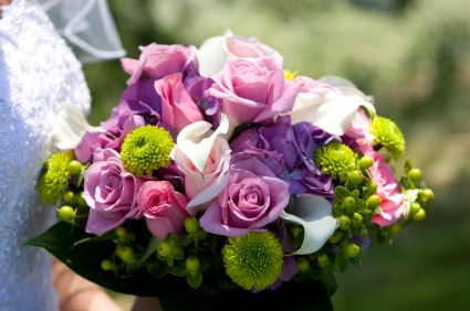 Purple Wedding Dreams..:o) - Farebna kyticka? Prec o nie!