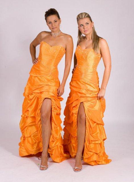 Tak už to chystáme - šaty družiček
