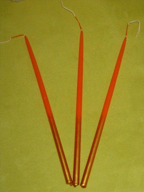 Pomaličky to chystáme :) - sviečky pre družičky na čepenie ...