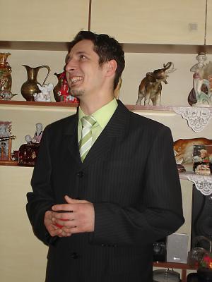 Zásnuby 23.3.2008 - drahy hladal slova... ale napadli ho velmi pekne:)