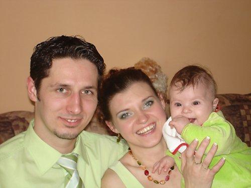 Zásnuby 23.3.2008 - vsakze nam to pristane:) moja neter:)suska mala:)
