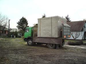 30.03.2010  dovoz a osadenie žumpy
