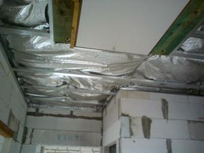 01.08.2011 konečne dokončené aj stropné schody