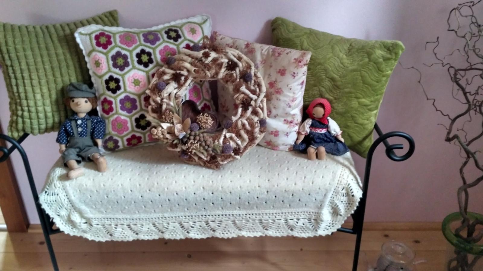 Kovová lavička + matrac - Obrázok č. 1