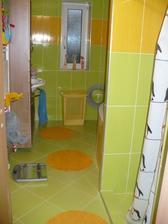 pohled chodby na koupelnu :-)