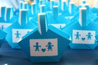 Košíčky na svatební koláčky - vlastní výroba:-)