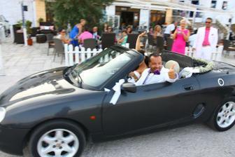 Měli jsme štěstí a na naší svatební cestě jsme viděli hned dvě svatby!:-)