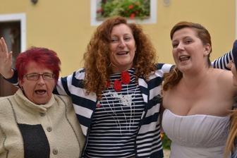 s babuškou a maminou a kousek ségry ;o)