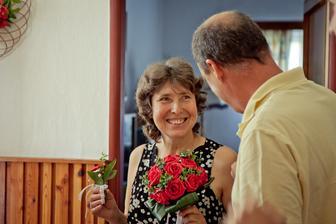 maminka ženicha vysmátá jako vždy
