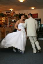 tančíme skoro až do rána....já byla tak unavená