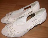 Bílé botky s volnou špičkou, 38