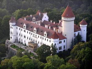 zde si řekneme své ANO :) romantický zámek Konopiště, protkaný neskutečnou historií :)