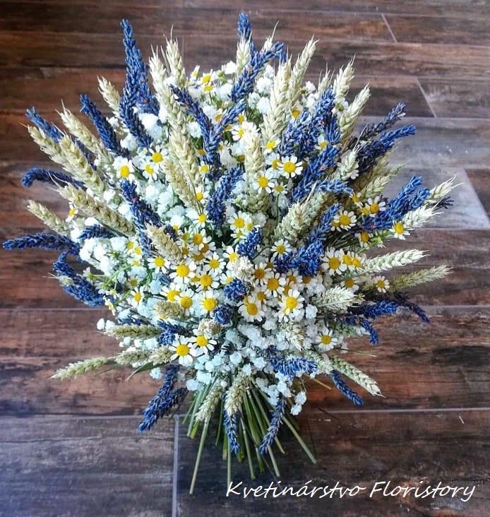Svadobné inšpirácie - Kvetinárstvo Floristory dnes pridalo túto krásnu kyticu na ich FB a ja som sa úplne zamilovala