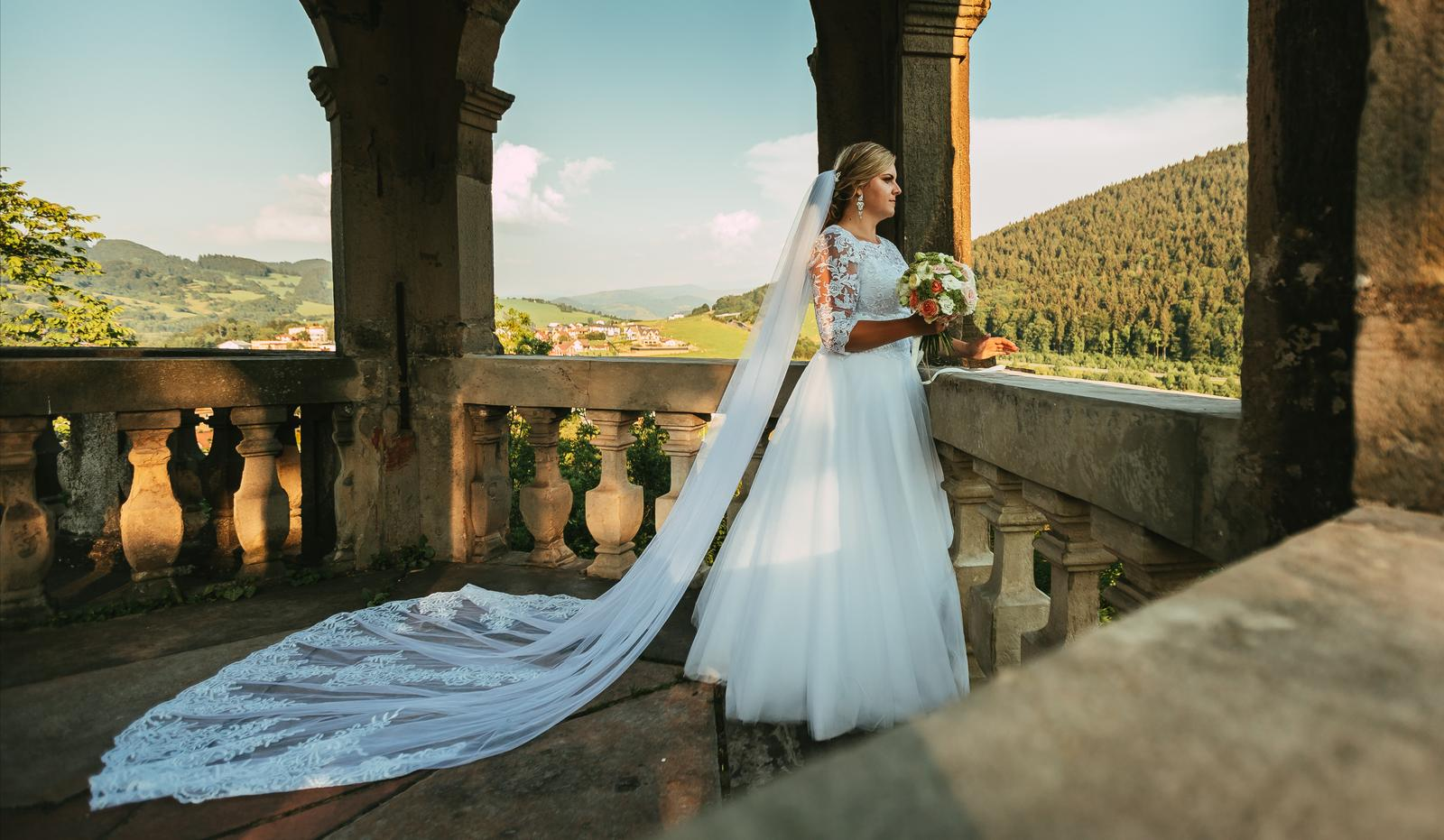 Svadobné šaty pre moletky 46-48 - Obrázok č. 3