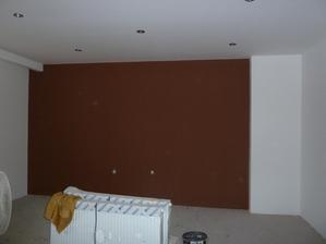 stena namalovana... cakame na parkety ..