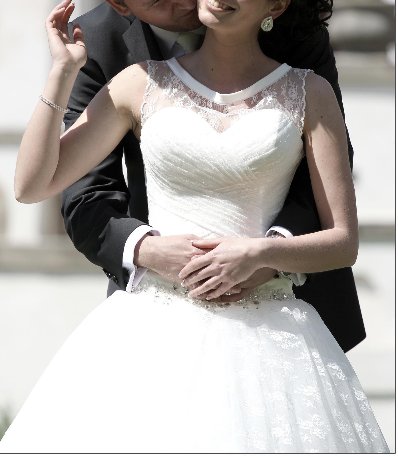 Nádherné svadobné šaty - ivory - 34/36 - Obrázok č. 2